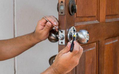 Door Repair/Hung and Door Knobs Installed: Ideas, tips and knowledge